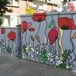 Beschilderde trafokasten Twekkelerveld, Enschede   Adrienne van Wartum
